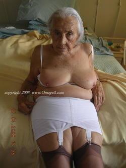 Oma Amateur Porno
